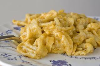 Gusto cucina regionale italiana spatzle pasta tipica for Pasta tipica italiana