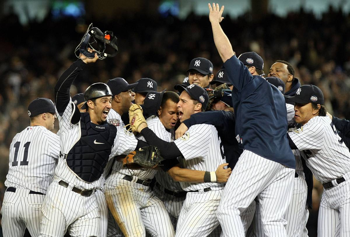 yankees%2Bcelebrate Moneyball 2   Too Much Moneyball Shows Us A Strategy That Actually Works