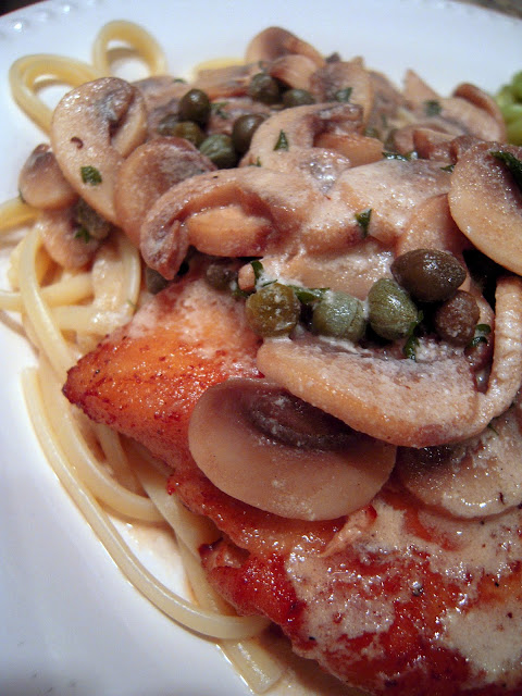 Chicken Scaloppine - better than any restaurant! Chicken, mushrooms, lemon, heavy cream, capers, olive oil, butter, pasta and parmesan cheese. Ready in about 10 minutes! I wanted to lick the plate! SO good! #chicken #pasta