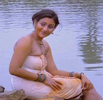 Old Malayalam Actresses Hot