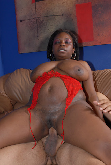 Creampie pour mahogany bliss de la part de steven french - 3 2