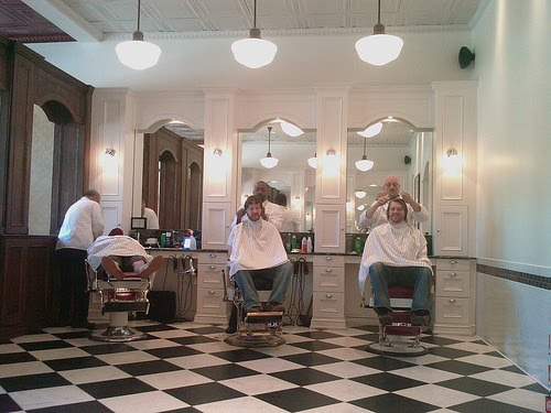 The Barbers Chair Red S Classic Barber Shop Indianapolis
