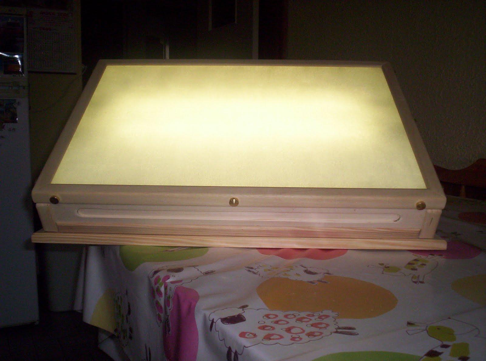 l 39 atelier du bois table a dessin inclinable et lumineuse dim75x50x10cm. Black Bedroom Furniture Sets. Home Design Ideas