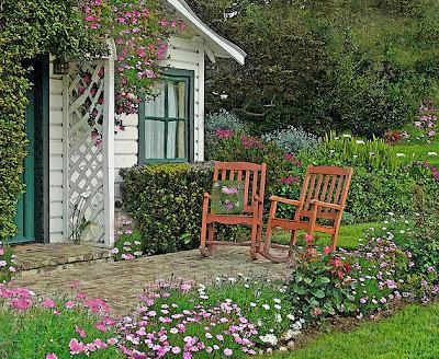 Resultado de imagem para casas com flores