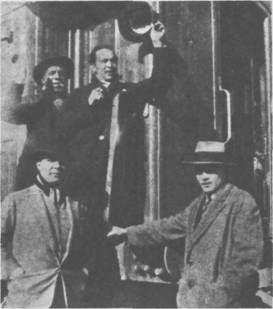 Carlos Gardel con Eduardo Bonessi, Guillermo Barbieri y El Negro
