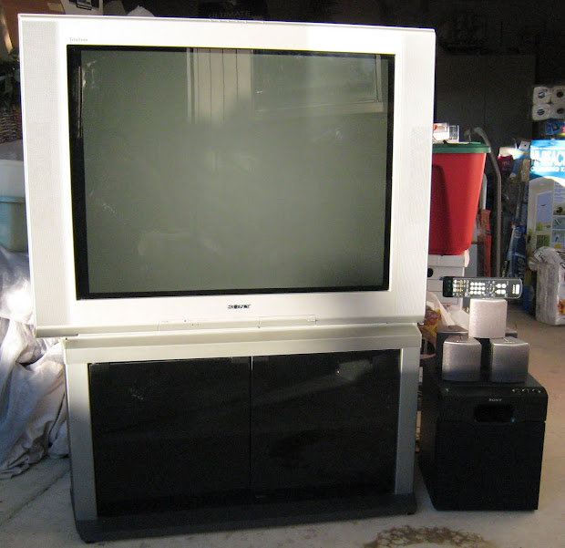 Sold Sony Trinitron Wega Flat Screen Tv With Speakers Subwoofer Stand - 100