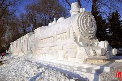 Awesome snow sculpture Seen On www.coolpicturegallery.us