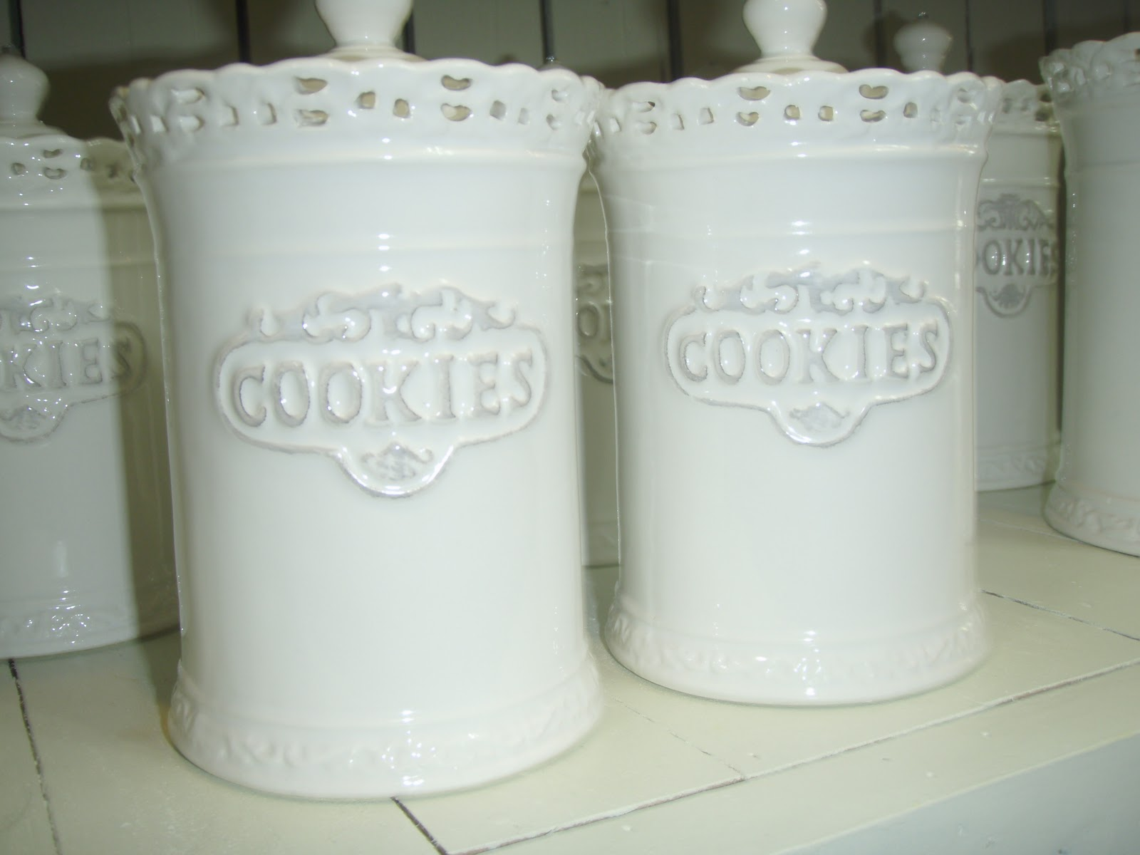 Plain White Cookie Jar Uzma Pe As0312079 M English Country Home Decor