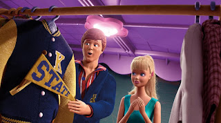 Toy Story 3 Ken s Closet Party disney 13945817 800 446 - Barbie y Ken podrían abrir en el corto de la secuela de Cars? Rumor!