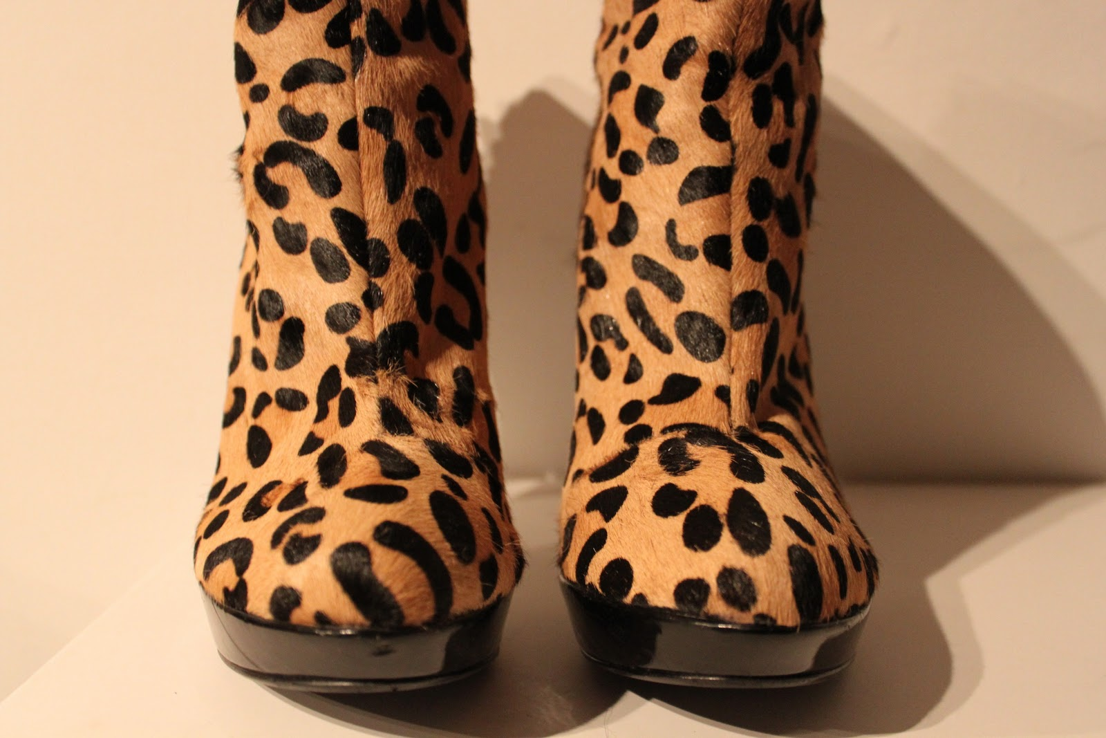 8f1908b2814f Dune leo pony skin booties with zipper in the back. Used only once inside,  so almost new uk 5 eur 38