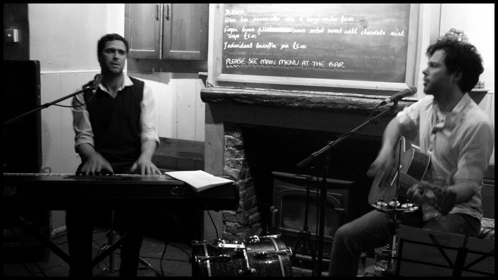 Tom Chaplin Update: Isa And Tim Rice-Oxley: April 2010