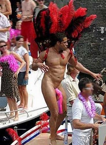 nude men at mardi gras