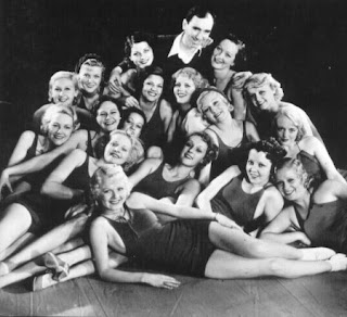 Hollywood Golden Age Chorus Girl Clip Sister Kate