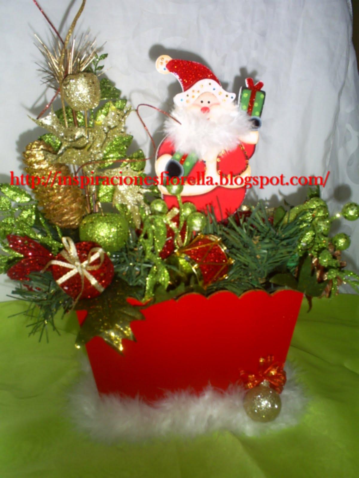 Inspiraciones fiorella centros de mesa navide os for Centros navidenos