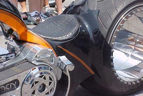 Hubless Monster Motorcycle Says Amen To Zero Spoke Design