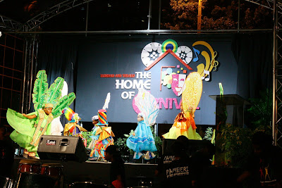 ALVANGUARD PHOTOGRAPHY (2009): The Home of Carnival