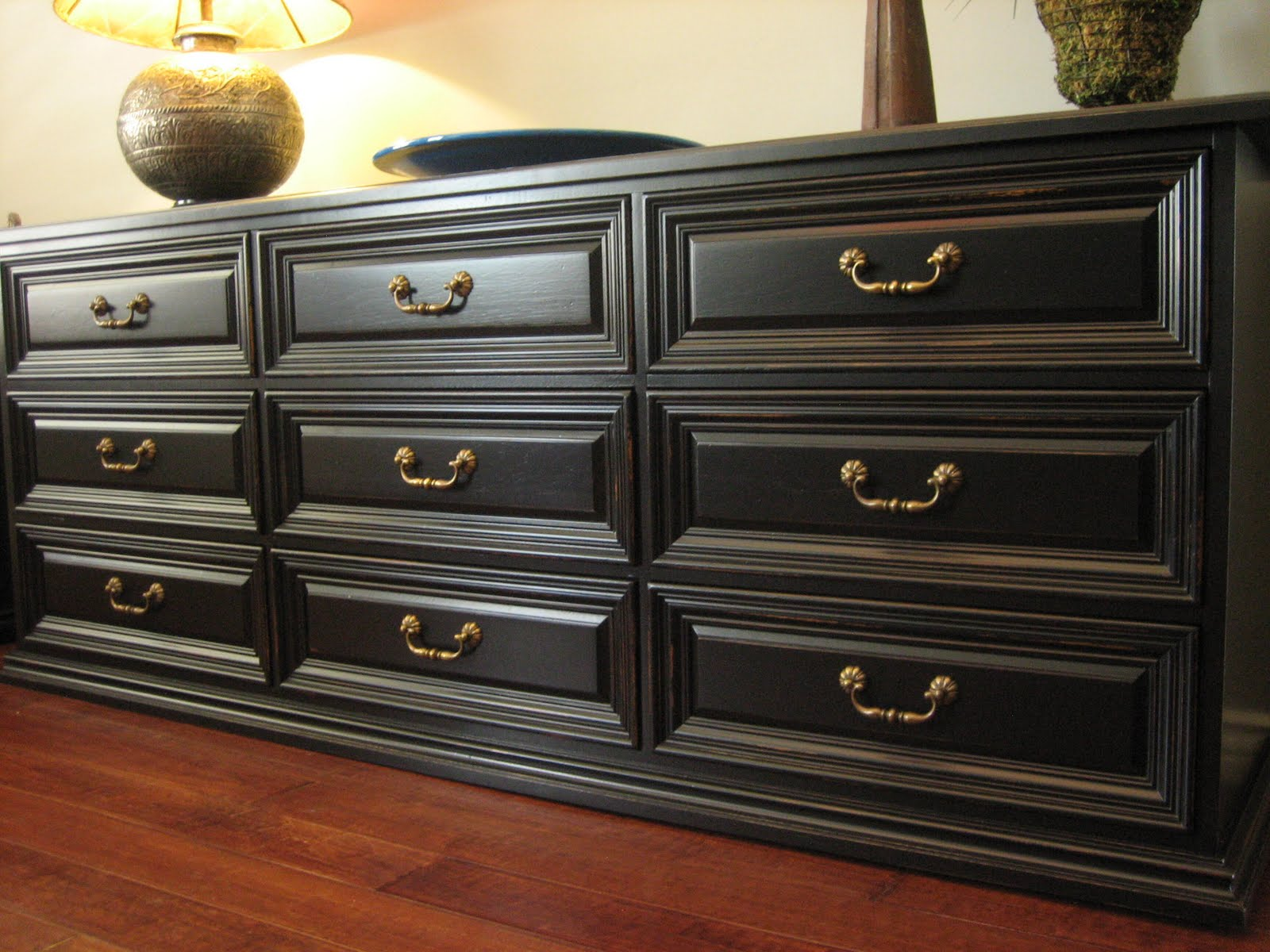 european paint finishes  black bedroom set