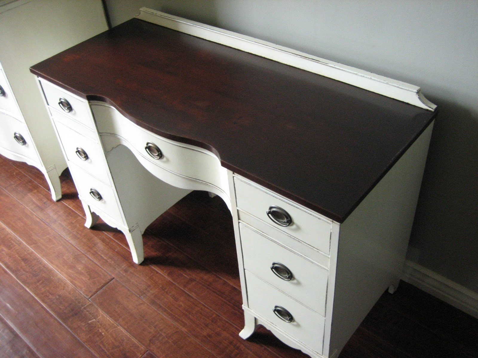 European Paint Finishes Antique White Dresser Amp Vanity
