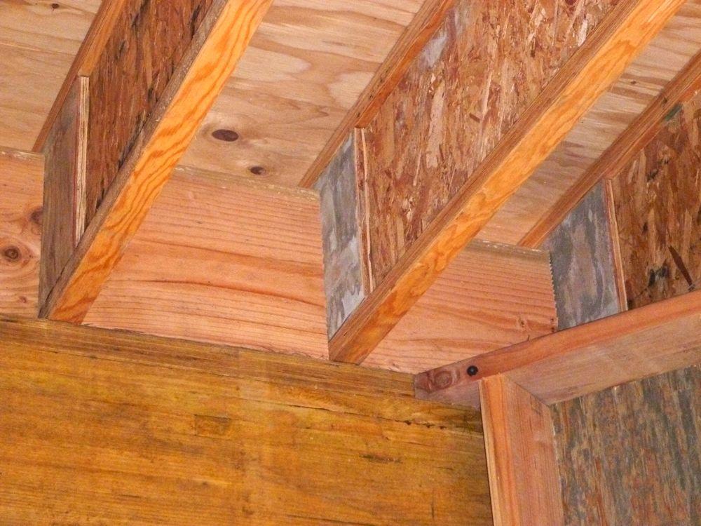 Hawaii House Build Roof Joist Blocking