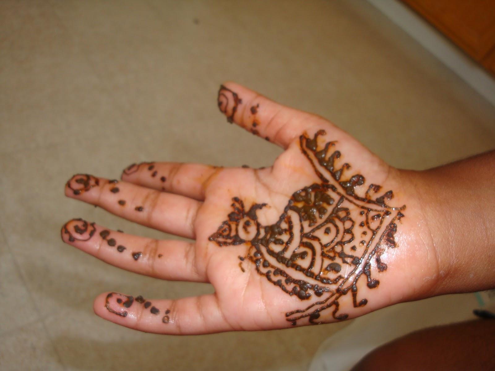 Hobby Hut: Simple Mehendi/Henna designs for Kids