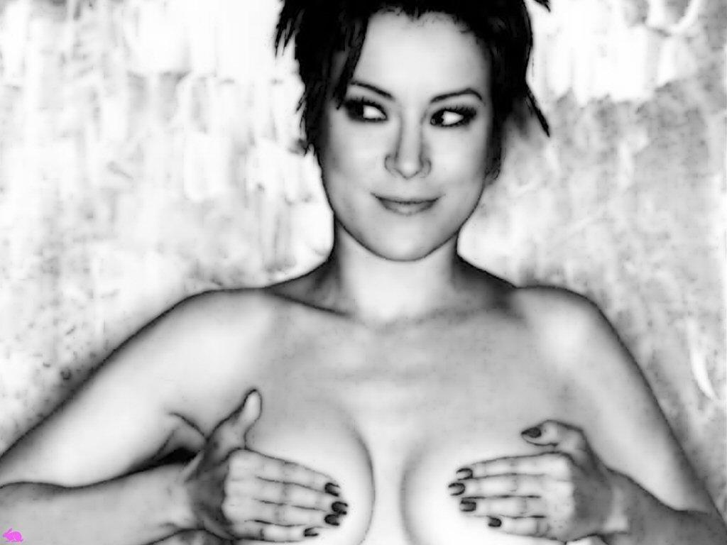 Jennifer Tilly Sexy Photos