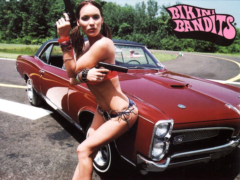 the bikini bandits jpg 1080x810