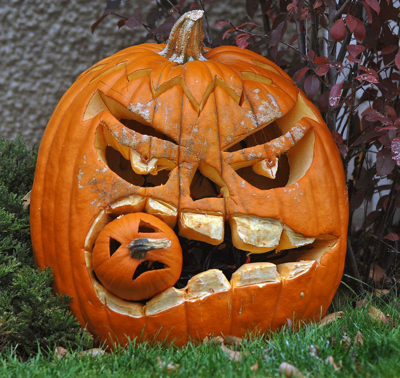 Pumpkin Face Pictures: Cool Halloween Pumpkin 'Jack O' Lanterns' Designs
