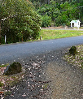 The Pipeline Track crosses Chimney Pot Hill Road, right next to the Huon Road - 23rd February 2008