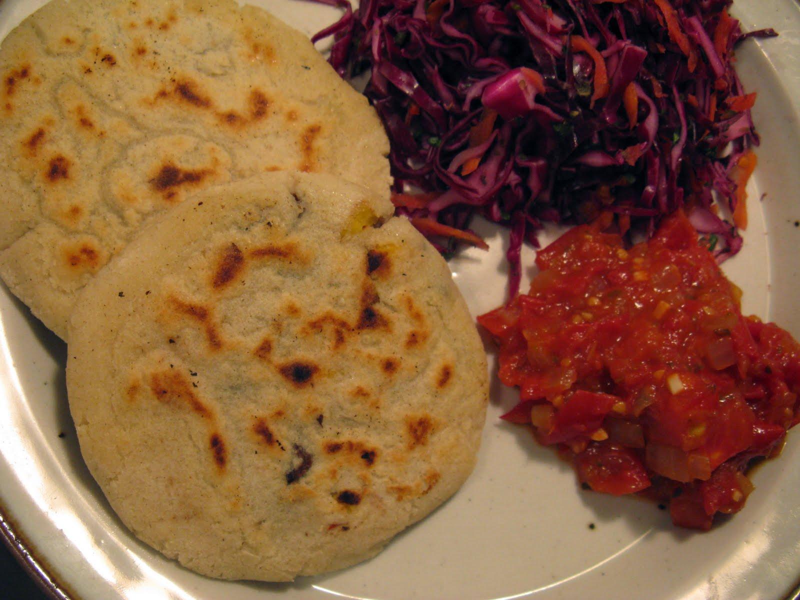 Vegan Eats and Treats!: VeganMoFo: Salvadorian Pupusas ...Salvadoran Pupusas Sauce