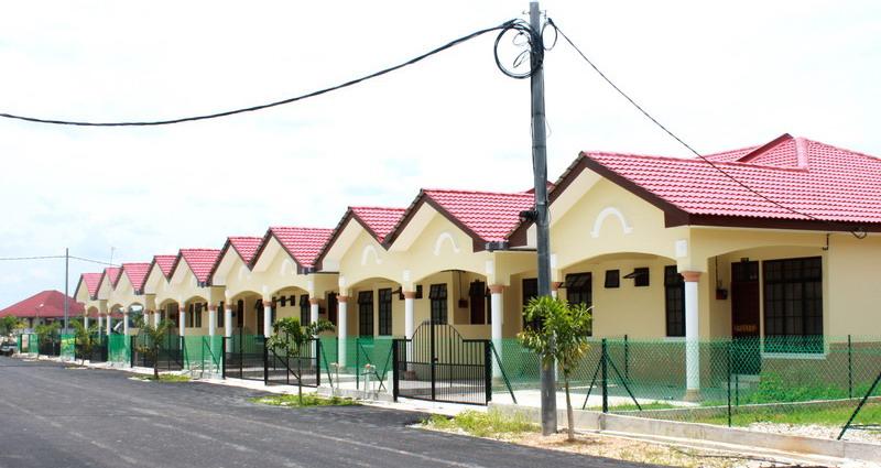Maka Corporation Sdn Bhd Rumah Teres 3 Bilik Fasa