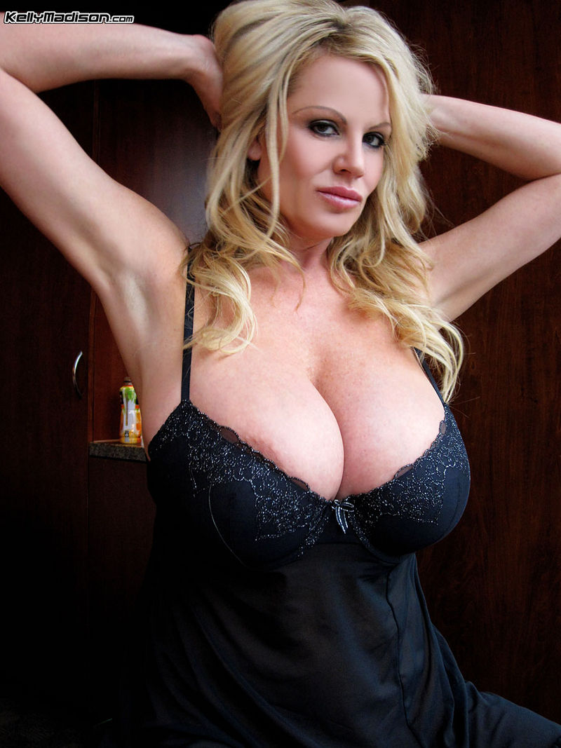 Kelly madison bouncing huge naturals and swallowing cum 2