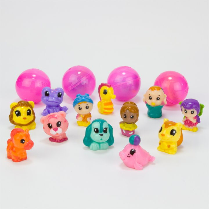 bubble pack s 7 8 and 9 eachcontain 16 squinkies and each pack also