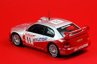 CloverToys 4664 Hyundai Accent (Verna) red scale 1/32 ... |Diecast Hyundai Accent