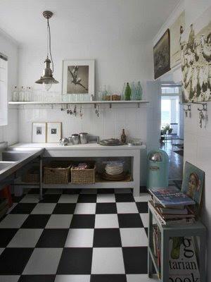 Pavimento a scacchi  Shabby Chic Interiors