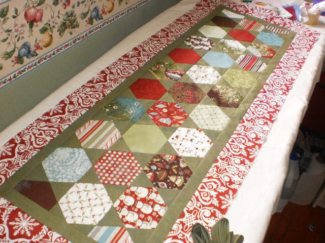 Quilt Knit Run Sew Christmas In July Sugar Cookie Table Runner