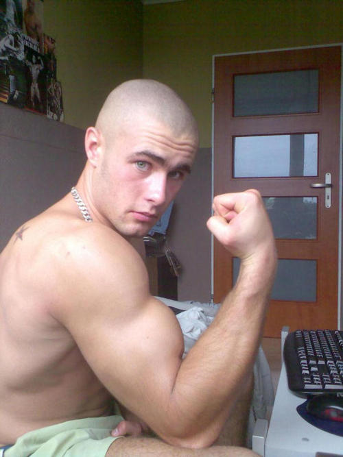 young gay muscle tumblr
