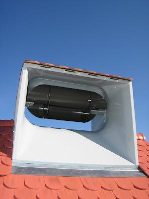 l 39 a rocube une olienne domestique sur le toit. Black Bedroom Furniture Sets. Home Design Ideas