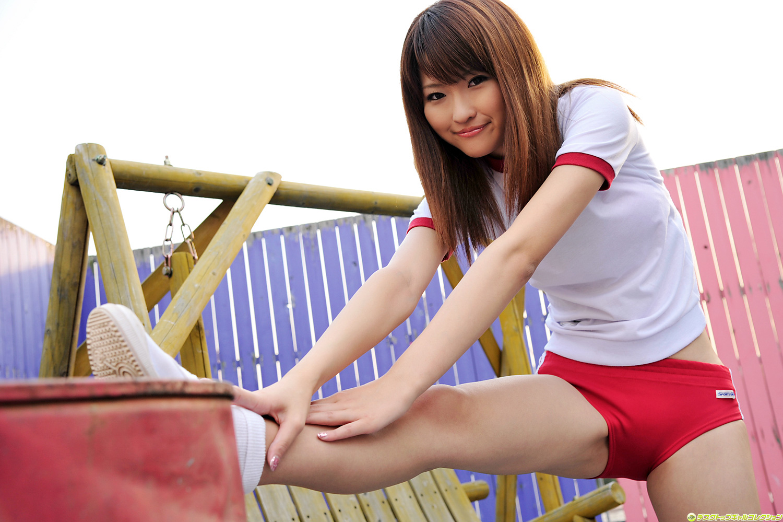 Japanese school gym-2044