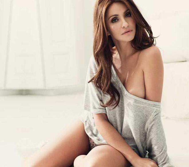 Melanie Lynskey Nude Pics & Videos,