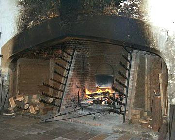 I Found Very Few Images Of Inglenook Fireplaces On The Internet, But The  Examples I Did Find Reminded Me Of Tudor Architecture I Have Seen In  England.