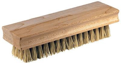 https://2.bp.blogspot.com/_hhaTg03kiU0/S9EBuANLa2I/AAAAAAAAKhU/NjIPasRtCak/s400/scrub-brush.jpg