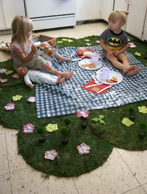 Filth Wizardry: Indoor picnic