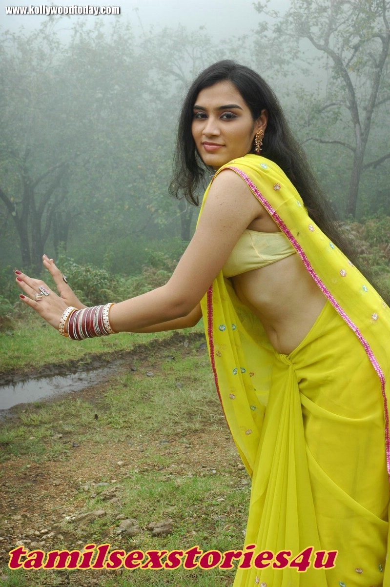 Hot Glamour Queen Hot South Indian Tv Serial Actress -7068