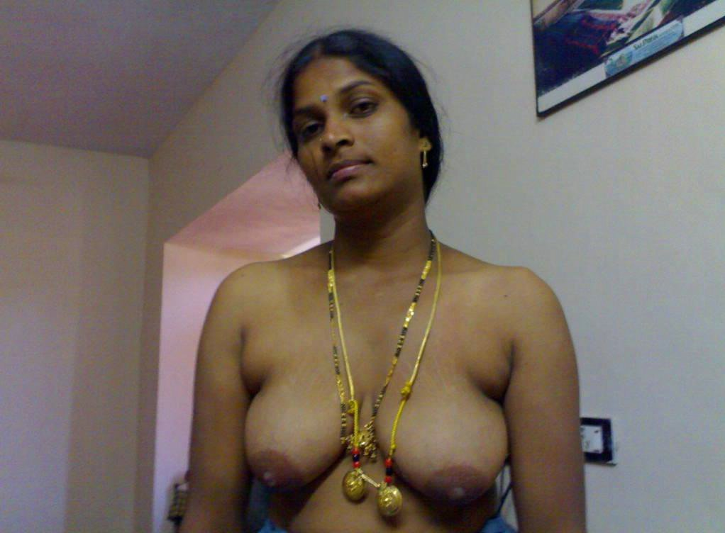 nude tamil housewife