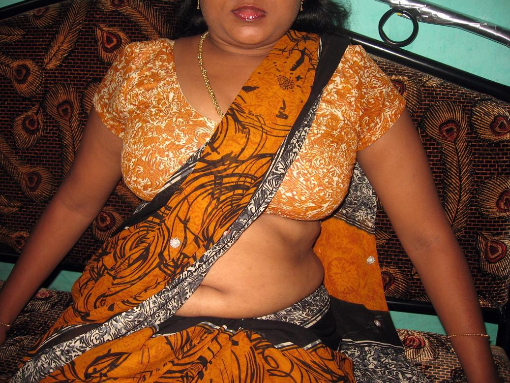 Big Girls 69 Bangladeshi Aunty Show Boob And Pussy-2195