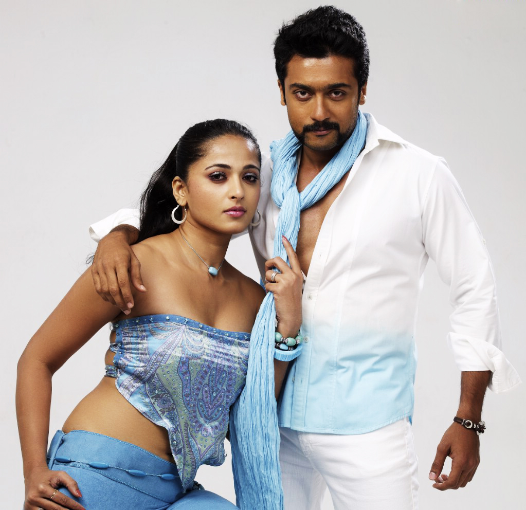 Anushka Shetty Hot Cinema: Actress Anushka Shetty With