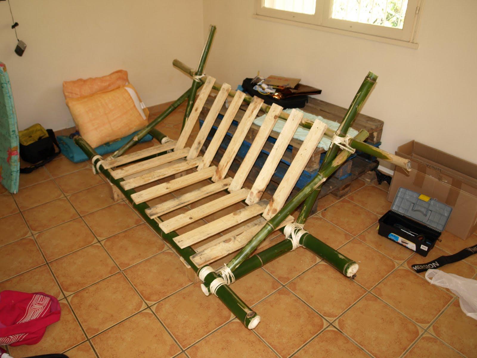 fabriquer meuble bambou table de lit. Black Bedroom Furniture Sets. Home Design Ideas