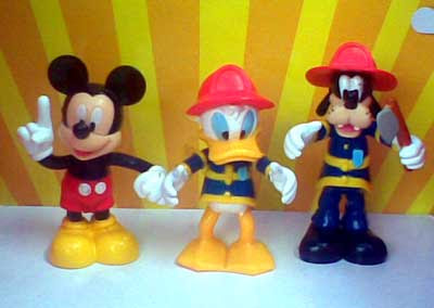 Jual Mickey and Friends figure - isi 7