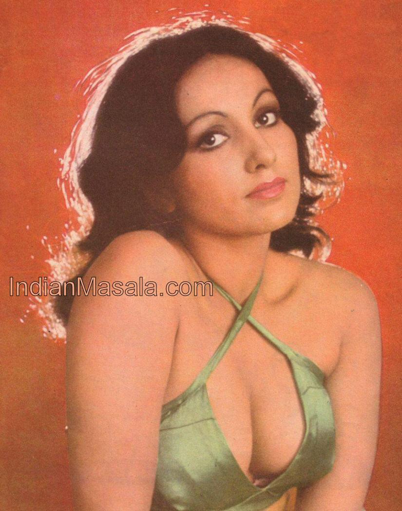 Urvashi Dholakia Boob 50