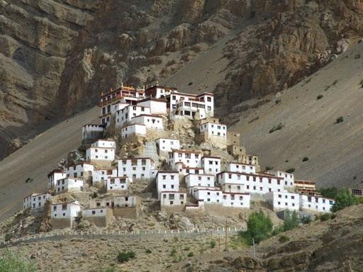 Desa unik ini terletak di Spiti, Himachal Pradesh, India